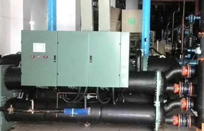 紫金蓝湾高档小区水源热泵机组供暖案例