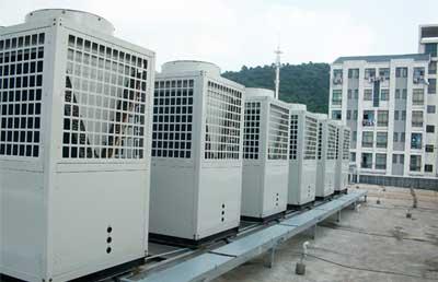 内蒙古霍林郭勒翔云大酒店采用空气能+污水源热泵热水机组
